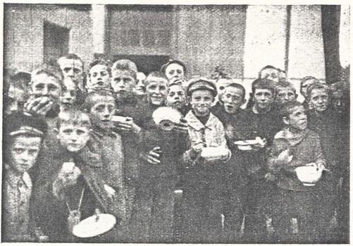 09_Jahresschau Nürnberg_01_1923-24_p124_Quäkerspeisung in Nürnberg 1923