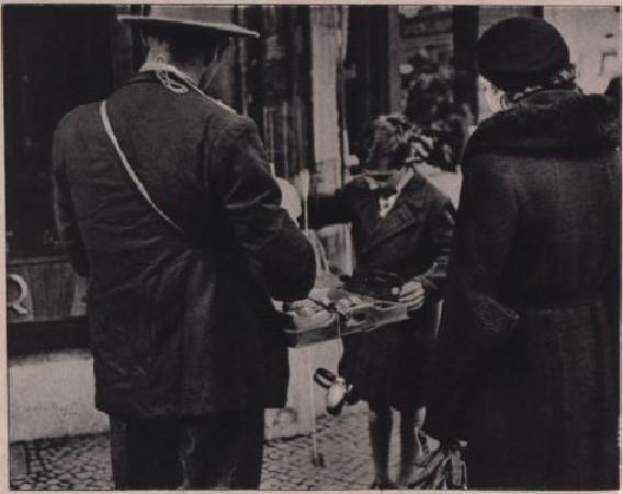 05_Wiener Magazin_07_1933_Nr02_p30_Jo-Jo_Straßenhandel_Hausierer
