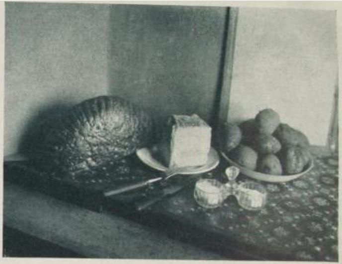 19_Der Arbeiter-Fotograf_02_1929_p014_Mittagessen_Kaese_Brot_Kartoffeln_Salz_Breslau