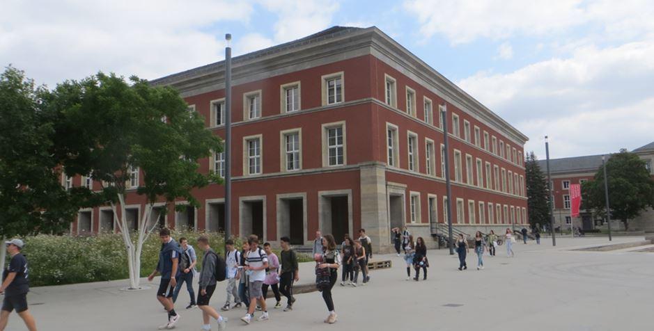 17_Uwe-Spiekermann_Bauhausmuseum_Weimar_Besucher